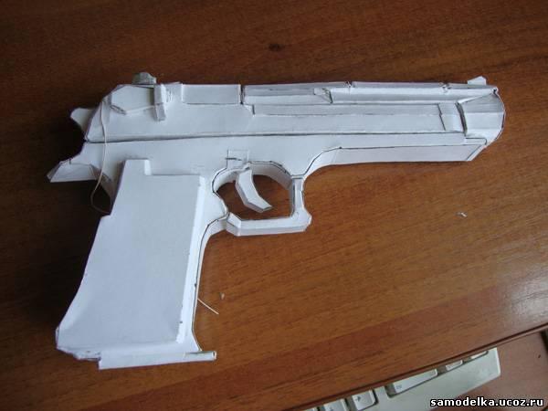 Пистолет из бумаги своими руками фото