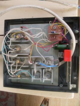 Прикрепленное изображение: Светомузыка из гирляндного блока1.JPG